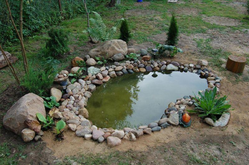 Декоративный водоем на дачу